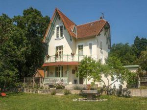 Aquitaine, Dordogne, Nontron - Six Bedroom - One Bathroom - Front House View